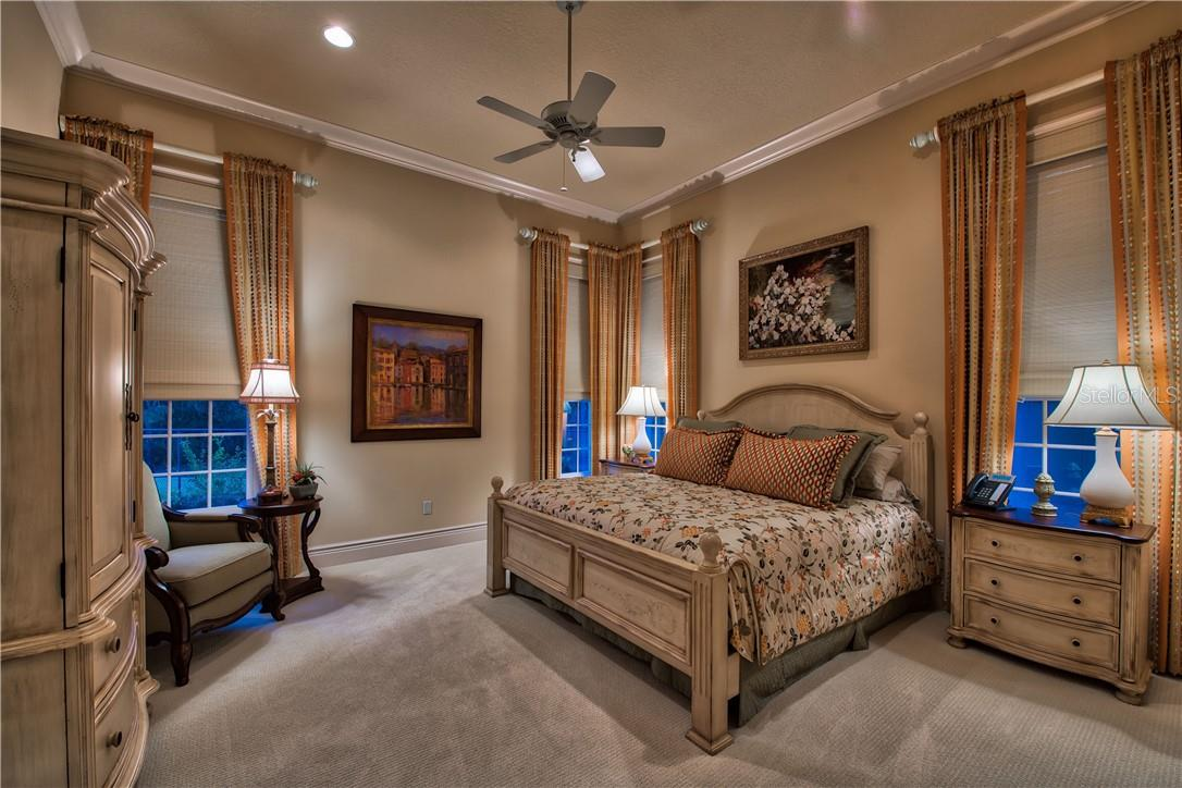 Spacious Bedroom in Guest Apartment - Single Family Home for sale at 8499 Lindrick Ln, Bradenton, FL 34202 - MLS Number is A4475594