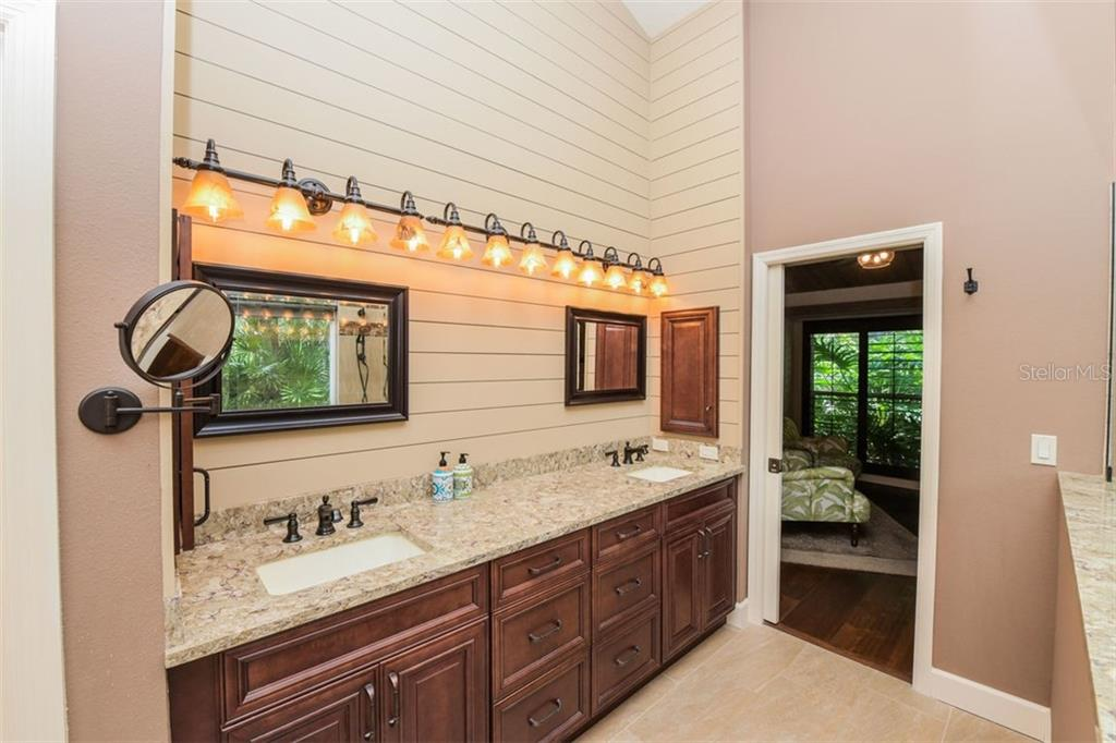 Single Family Home for sale at 4799 Dove Tail Ct, Sarasota, FL 34238 - MLS Number is A4475709