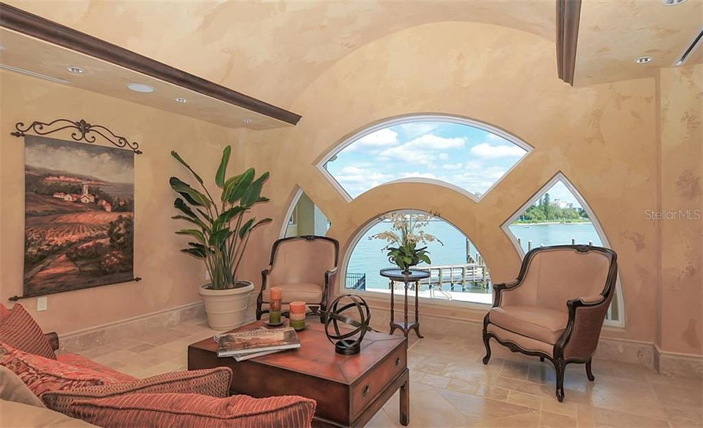 Condo for sale at 464 Golden Gate Pt #Ph9c, Sarasota, FL 34236 - MLS Number is A4476002