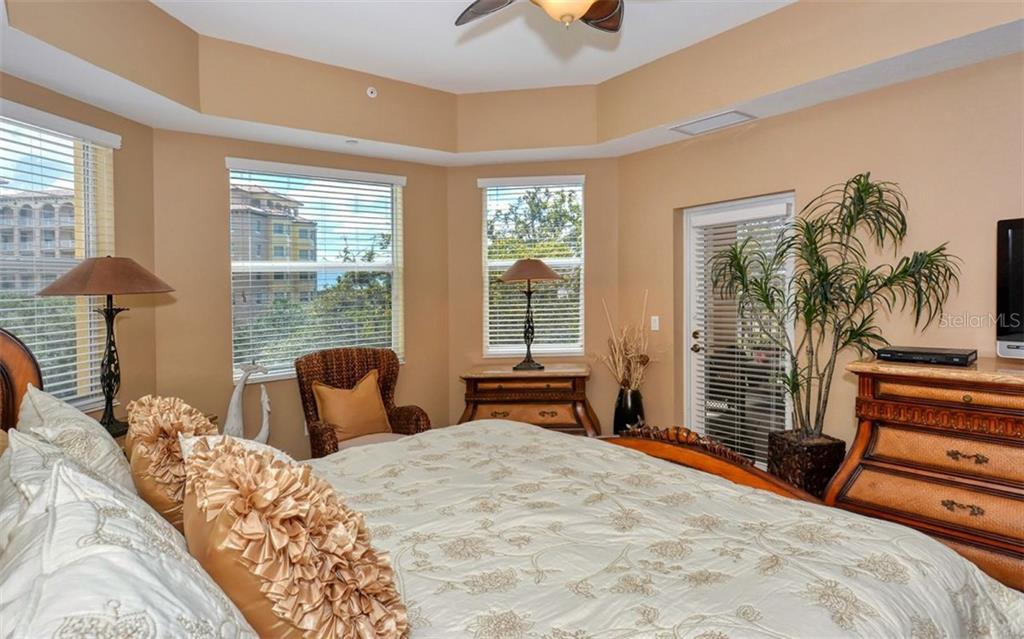 Condo for sale at 5591 Cannes Cir #405, Sarasota, FL 34231 - MLS Number is A4479454