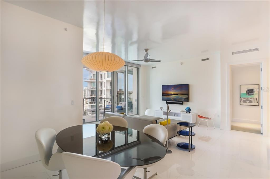 Condo for sale at 111 S Pineapple Ave #1008, Sarasota, FL 34236 - MLS Number is A4480308