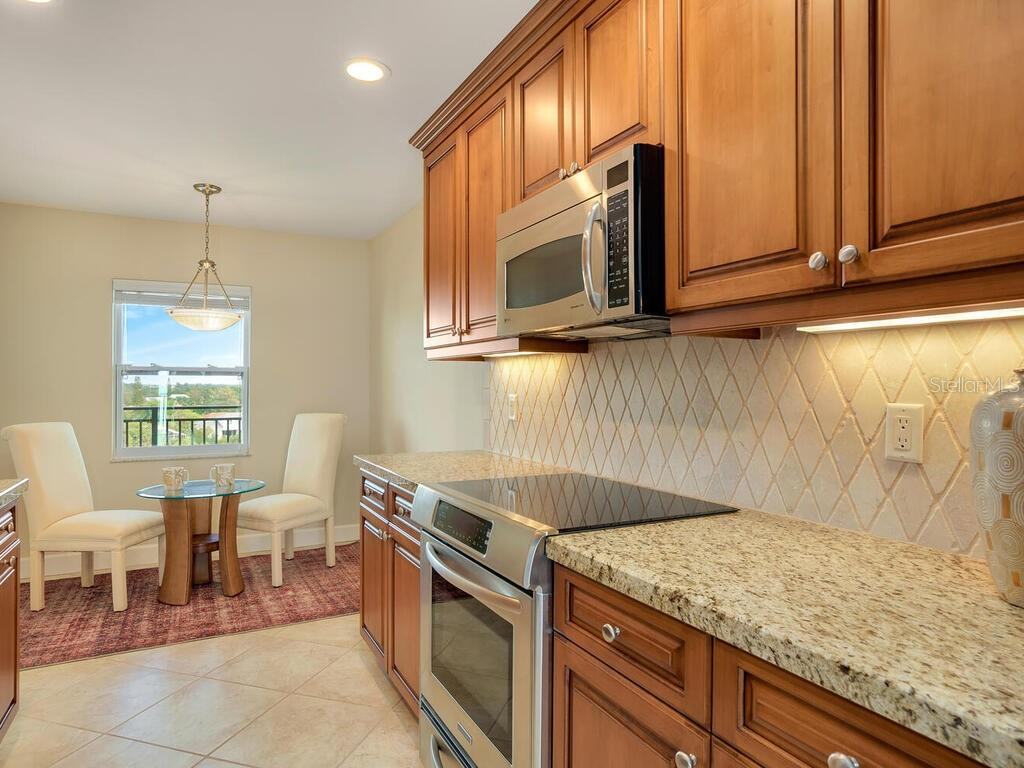 Condo for sale at 420 Beach Rd #803, Sarasota, FL 34242 - MLS Number is A4480981