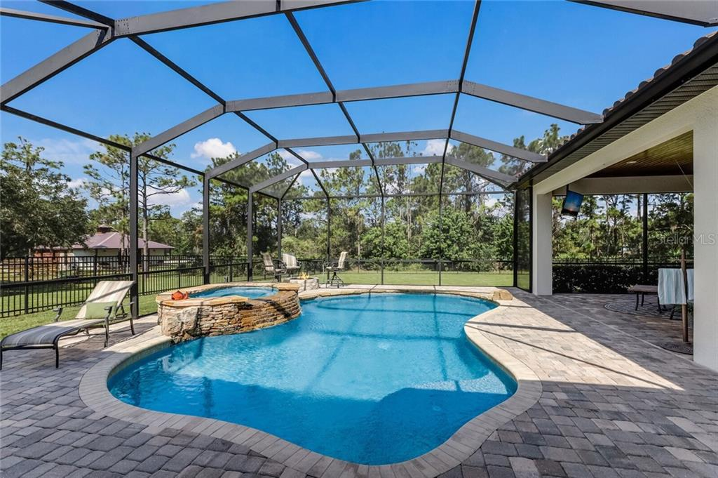 Single Family Home for sale at 6804 205th St E, Bradenton, FL 34211 - MLS Number is A4481379