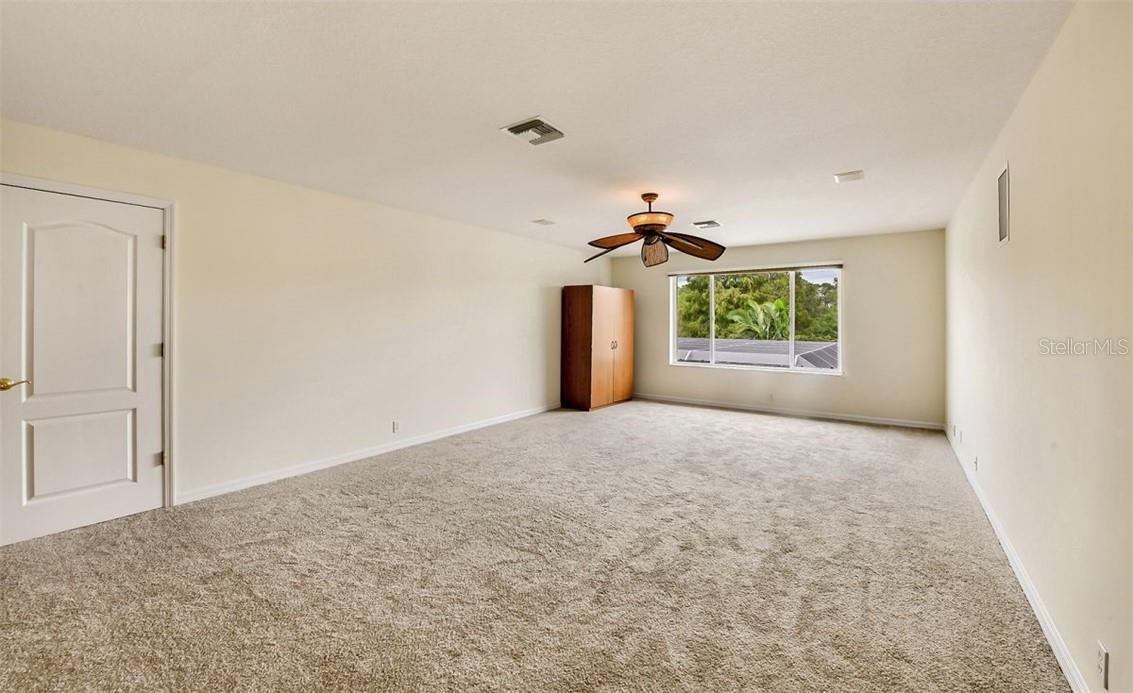 Huge upstairs bonus room with very large walk in closet and full bath (can be 5th bedroom). - Single Family Home for sale at 7832 Panther Ridge Trl, Bradenton, FL 34202 - MLS Number is A4483837