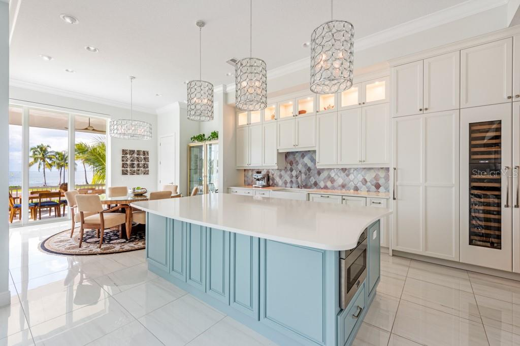 Kitchen Island - Single Family Home for sale at 121 Seagull Ln, Sarasota, FL 34236 - MLS Number is A4483951