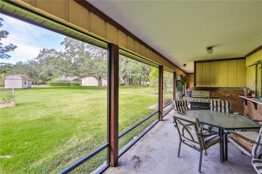 Spacious Covered/Screened Lanai - Single Family Home for sale at 6215 Braden Run, Bradenton, FL 34202 - MLS Number is A4484627