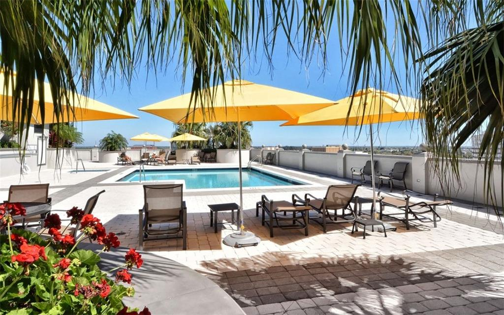 Pool deck - Condo for sale at 50 Central Ave #14b, Sarasota, FL 34236 - MLS Number is A4487974