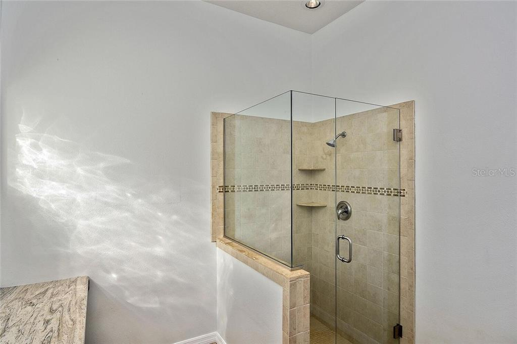 Master bathroom shower - Single Family Home for sale at 4339 Manfield Dr, Venice, FL 34293 - MLS Number is A4488140
