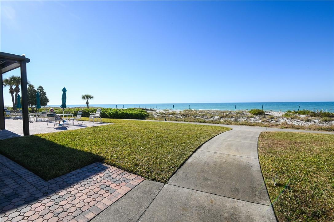 Seaplace Grill and Seating Area - Condo for sale at 1945 Gulf Of Mexico Dr #M2-505, Longboat Key, FL 34228 - MLS Number is A4489188