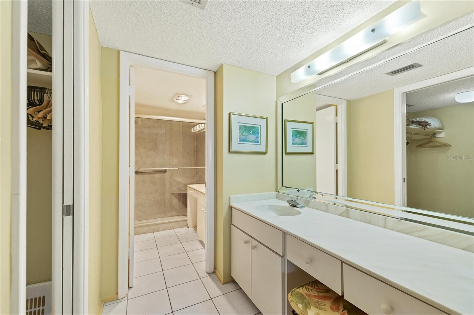 Condo for sale at 5920 Midnight Pass Rd #1106to, Sarasota, FL 34242 - MLS Number is A4489308