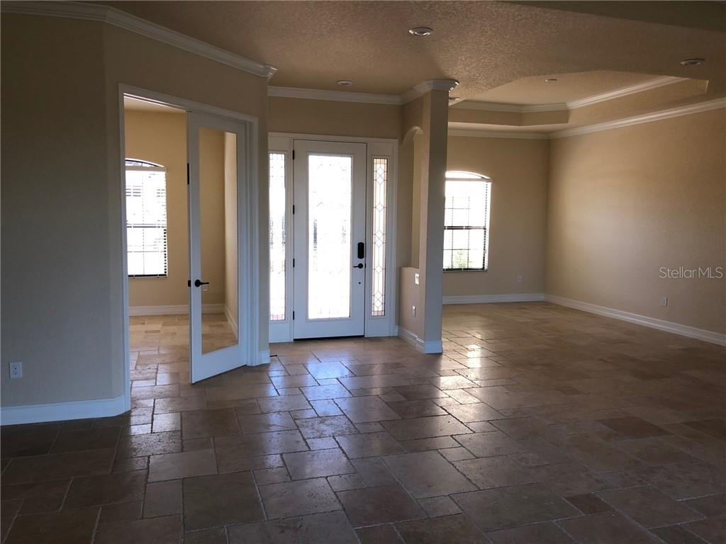 Single Family Home for sale at 8809 Rum Runner Pl, Bradenton, FL 34212 - MLS Number is A4491489