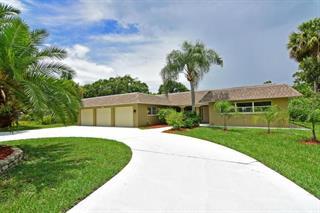 5019 W Country Club Dr, Sarasota, FL 34243