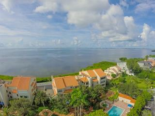 4567 Bay Club Dr #28, Bradenton, FL 34210