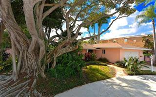 133 N Washington Dr, Sarasota, FL 34236