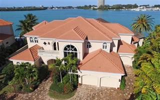 336 W Royal Flamingo Dr, Sarasota, FL 34236
