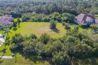 8305 Curlew Ct, Bradenton, FL 34202