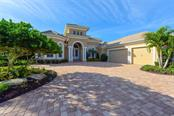 14910 Camargo Pl, Lakewood Ranch, FL 34202