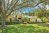 8512 Woodbriar Dr, Sarasota, FL 34238