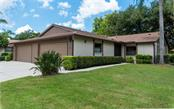 610 Oak Hill Cir #15, Sarasota, FL 34232