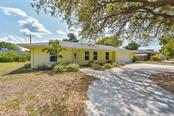 3905 17th Ave W, Bradenton, FL 34205