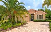 7439 Riviera Cv, Lakewood Ranch, FL 34202
