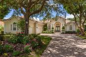 8031 Collingwood Ct, University Park, FL 34201