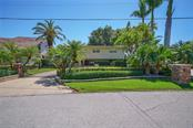 Single Family Home for sale at 770 Freeling Dr, Sarasota, FL 34242 - MLS Number is A4402222