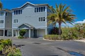 852 Evergreen Way #852, Longboat Key, FL 34228