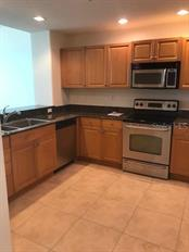 Kitchen - Condo for sale at 1771 Ringling Blvd #1112, Sarasota, FL 34236 - MLS Number is A4431603
