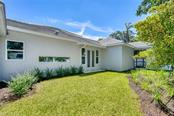 Single Family Home for sale at 1734 S Oval Dr, Sarasota, FL 34239 - MLS Number is A4436221