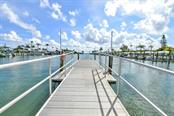 Spanish Main Yacht club floating dock - Villa for sale at 717 Spanish Dr N, Longboat Key, FL 34228 - MLS Number is A4438337