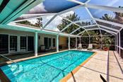 Single Family Home for sale at 1828 N Lake Shore Dr, Sarasota, FL 34231 - MLS Number is A4442428