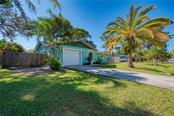Single Family Home for sale at 391 Fordham Rd, Venice, FL 34293 - MLS Number is A4452850