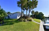 Single Family Home for sale at 431 S Washington Dr, Sarasota, FL 34236 - MLS Number is A4487408