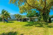 Single Family Home for sale at 1722 Stanford Ln, Sarasota, FL 34231 - MLS Number is A4494930