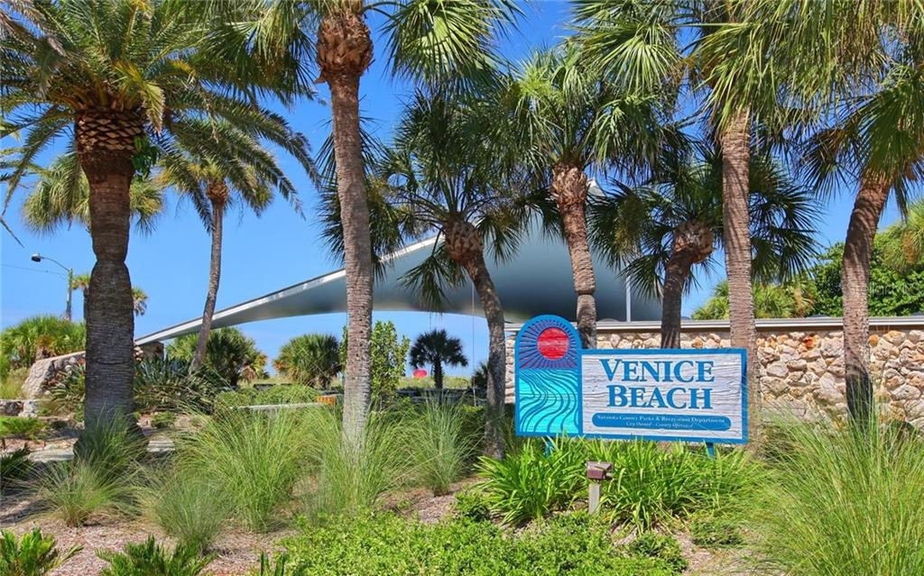 Single Family Home for sale at 830 The Esplanade N. #204, Venice, FL 34285 - MLS Number is N5909617