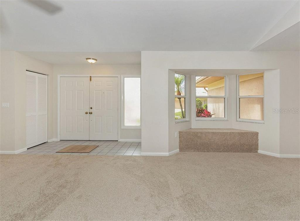 Front Door Entrance - Single Family Home for sale at 3160 Willow Springs Cir, Venice, FL 34293 - MLS Number is N5912811