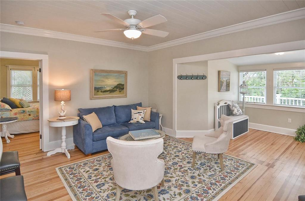 Interior layout - Single Family Home for sale at 732 Eagle Point Dr, Venice, FL 34285 - MLS Number is N5913211