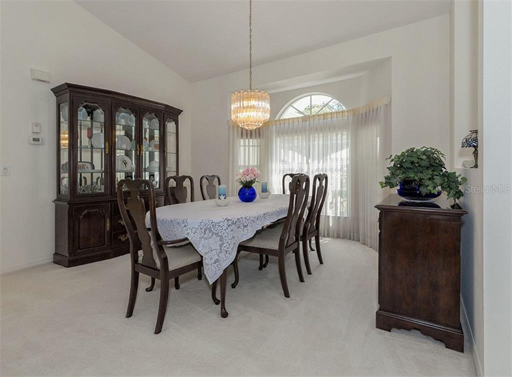 Dining room - Single Family Home for sale at 577 Park Estates Sq, Venice, FL 34293 - MLS Number is N5914129