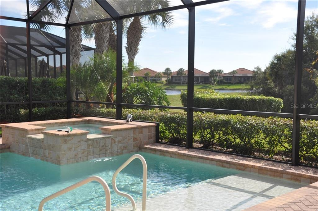 Single Family Home for sale at 190 Portofino Dr, North Venice, FL 34275 - MLS Number is N5915077