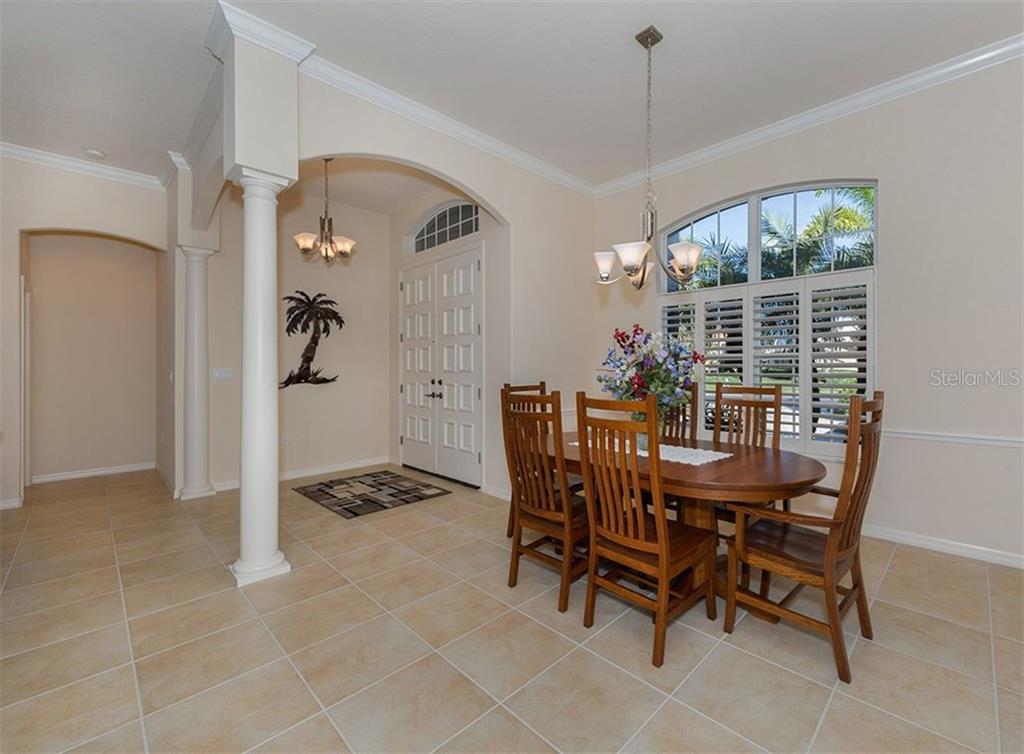 Single Family Home for sale at 116 Fieldstone Dr, Venice, FL 34292 - MLS Number is N5915185