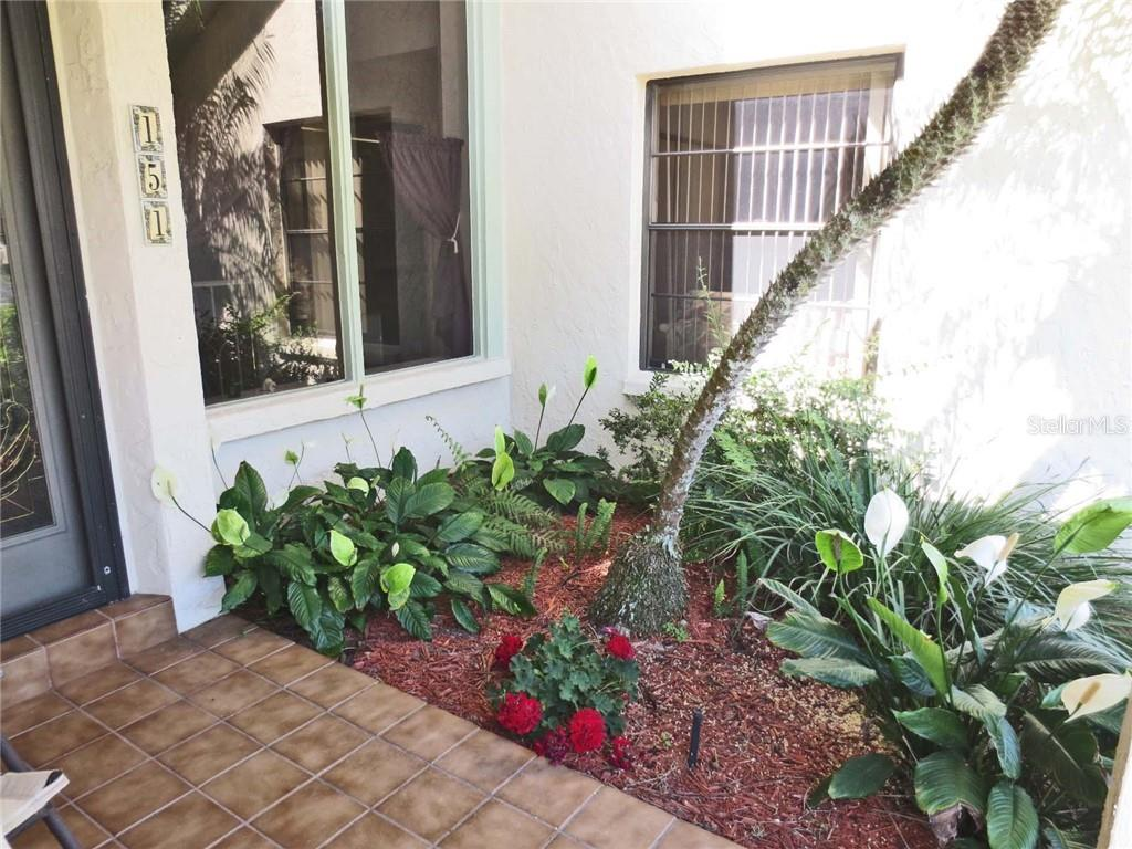 Exterior - Villa for sale at 151 Inlets Blvd #151, Nokomis, FL 34275 - MLS Number is N6100469