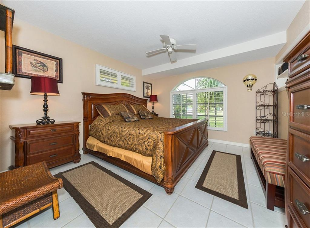 Master Bedroom - Single Family Home for sale at 620 Valencia Rd, Venice, FL 34285 - MLS Number is N6100912