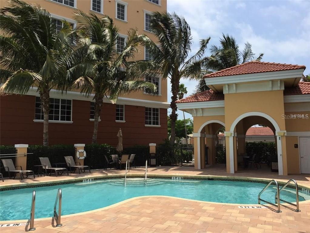 Can you see yourself lounging by the heated pool?? - Condo for sale at 157 Tampa Ave E #407, Venice, FL 34285 - MLS Number is N6101715