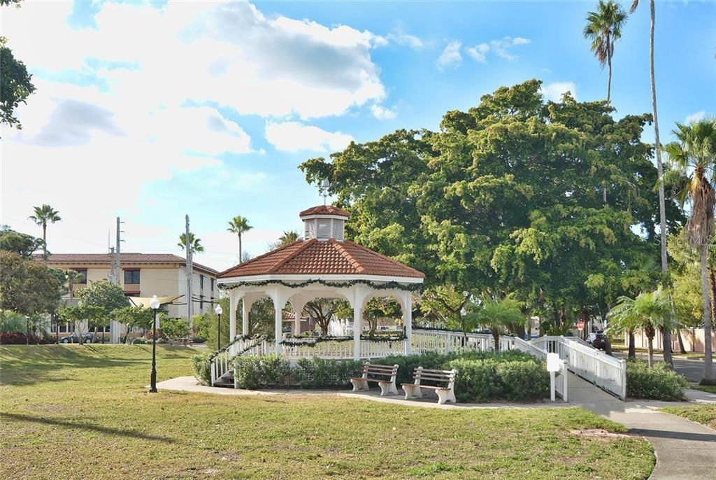 Downtown Pavilion at Centennial Park is the centerpiece of many community gatherings. - Single Family Home for sale at 316 Alba St E, Venice, FL 34285 - MLS Number is N6102095