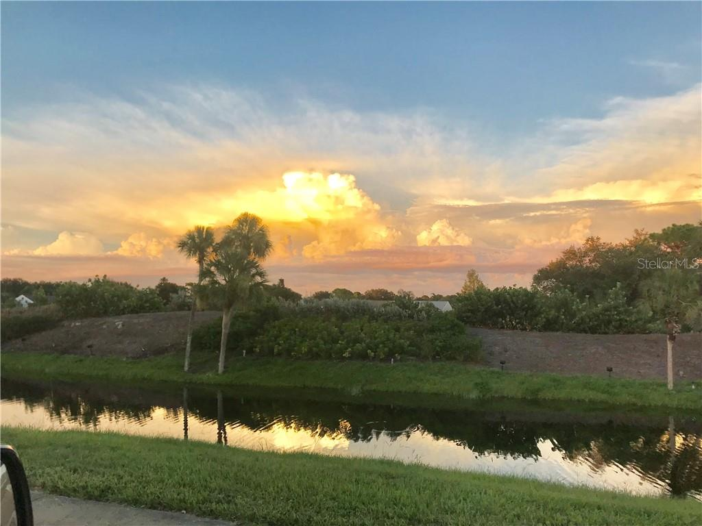 Beautiful Picture of Venice - Villa for sale at 840 Tartan Dr #840, Venice, FL 34293 - MLS Number is N6102678