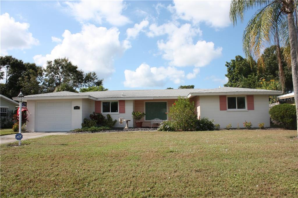 Single Family Home for sale at 1516 W Neponsit Dr, Venice, FL 34293 - MLS Number is N6102776