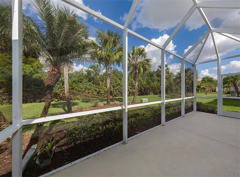 Villa for sale at 1577 Monarch Dr #1577, Venice, FL 34293 - MLS Number is N6102875