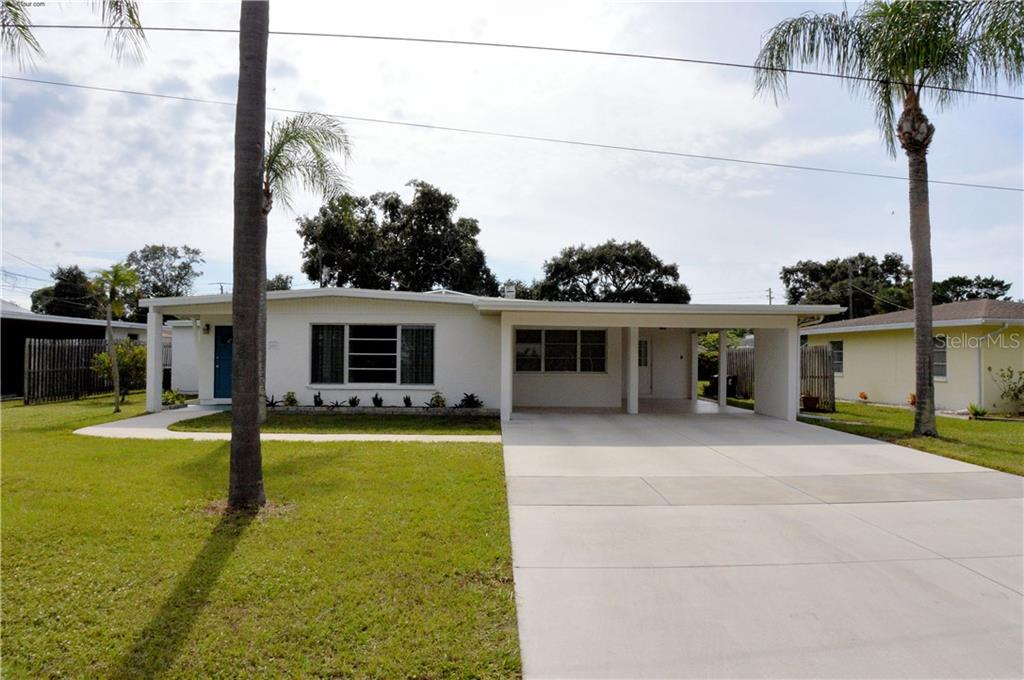 Front - Single Family Home for sale at 609 Armada Rd N, Venice, FL 34285 - MLS Number is N6102952