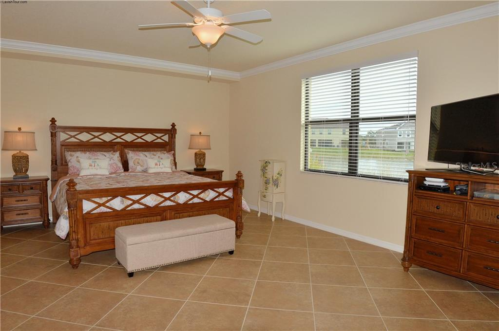 Master bedroom - Condo for sale at 20140 Ragazza Cir #102, Venice, FL 34293 - MLS Number is N6103394